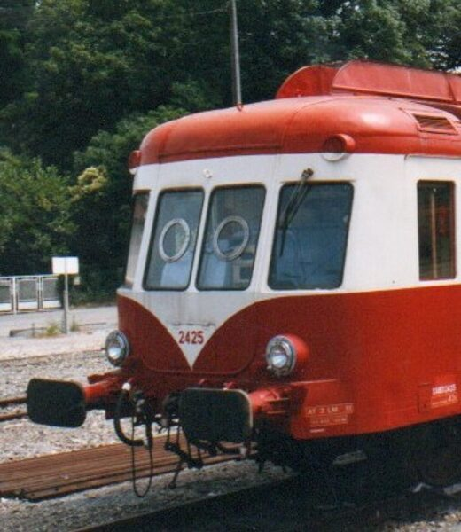 Autorail X2400 - SNCF - 1/220